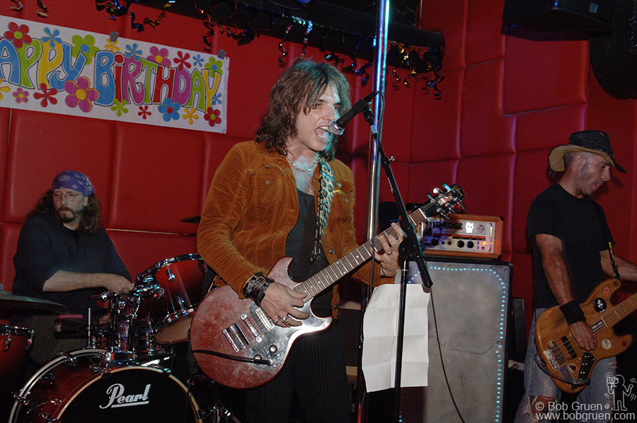 Oct 23 - NYC - My annual Birthday Party, this year at the R-Bar on the Bowery was great! Frankenstein 3000 played a rockin set.