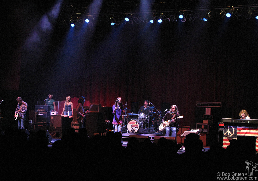 Black Crowes showed that they are the powerful rulers of the Southern Rock world!