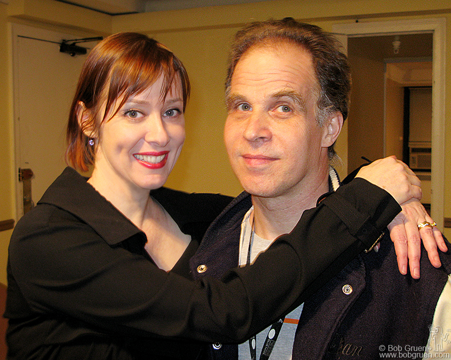 Nov 29 - NYC - Suzanne Vega played a beautiful set at the Manhattan Ballroom on 34th street. Backstage after the show I got to meet her new husband, lawyer/poet Paul Mills.