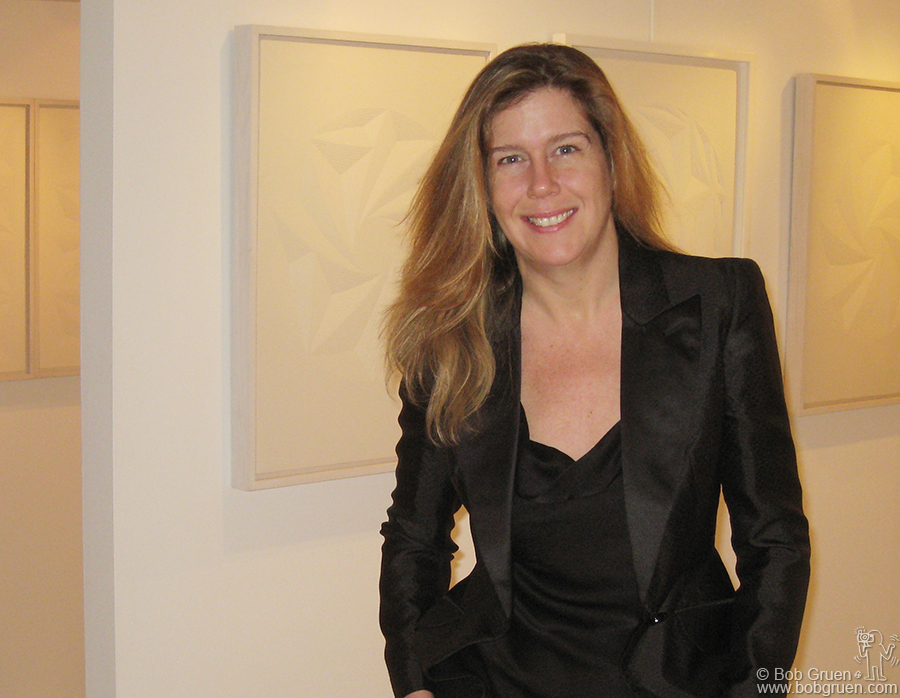 Jan 10 - NYC - My wife Elizabeth Gregory unveiled her artwork with a solo exhibition at the Ivy Brown Gallery in New York. Her work is multi-layered hand cut paper which captures the nuances of nature as architect. The hand cut lines reflect the vibrations of life. On view until Jan 31st.