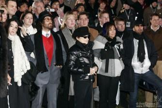 Kyoko, Sean, Yoko Ono, Olivia Harrison & Ringo Starr listen to the Mayor of Reykjavik  make the introductions.