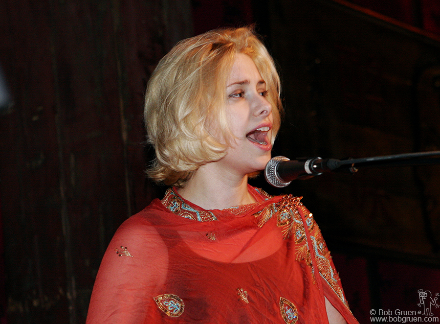 Nellie McKay played some funny old fashioned piano songs in support of the good cause.