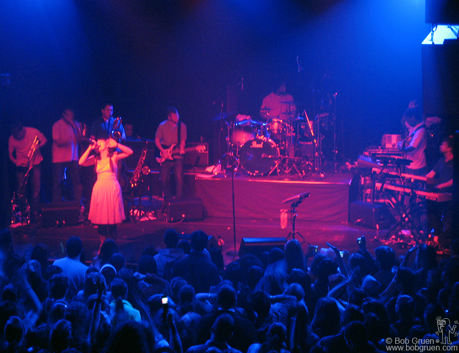 April 11 - NYC - Lily Allen played a great show at the Fillmore NYC @ Irving Plaza. She had a band with horns and the fans loved her.