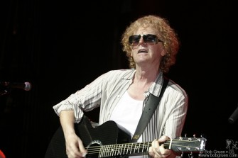 Ian Hunter showed he was in fine form.