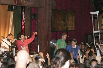 The Beastie Boys were so exciting someone was ready to throw away his crutch!