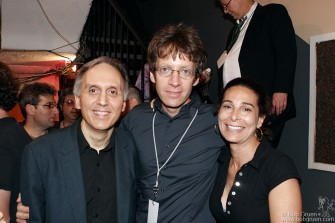 The benefit was organized by promoter Steve Weitzman, Arthur Lee's manager Mark Linn & Alicia Gelernt of Noble Music.