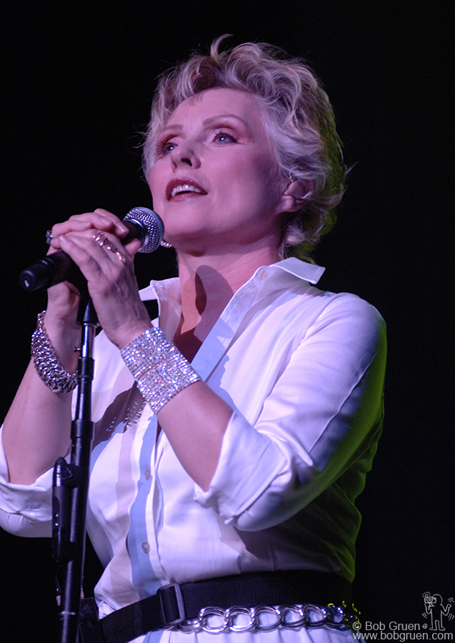 At the True Colors Concert Deborah Harry performed songs from her new album 'Necessary Evil ' that comes out on September 25, and as always, she looked great!