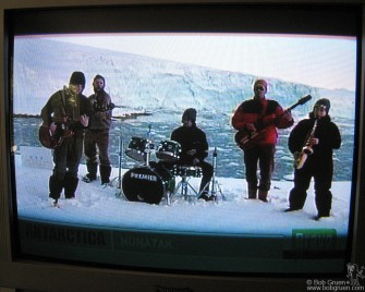 July 7 - Back home I relaxed from the trip and cought the Live Earth concert on TV. The band I enjoyed most was Nunatak, who played from Antarctica.