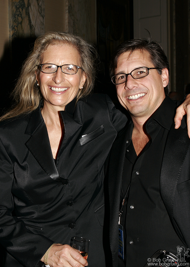 Former and present Rolling Stone photographers Annie Leibovitz & Kevin Mazur