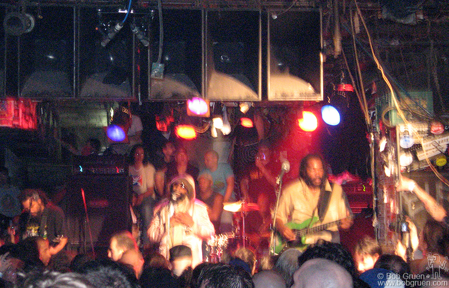 Oct 9 - NYC - Bad Brains played a soulful reggae set, unlike their early appearances at CB's for the hardcore crowd. Many of the old fans came but were surprised to hear such a mellow show.