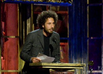 Zack de la Rocha inducts Patti Smith.