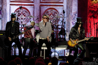 Velvet Revolver performs Van Halen songs.