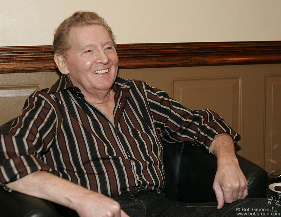 April 15 - NYC - Jerry Lee Lewis was smiling backstage as he greeted his guests.