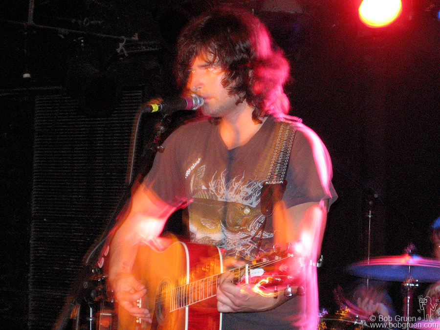 Sept 13 - NYC - Pete Yorn played 3 shows in NYC, all in one week, Joe's Pub, Mercury Lounge & CBGB's.