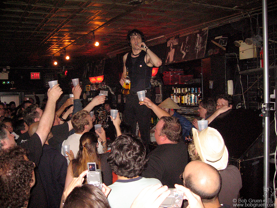 Sept 14 - NYC - Jesse Malin gave out free drinks to the fans who came to see his last show at Continental.
