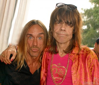 Aug. 14 - Before the Stooges and NY Dolls reunion shows, Iggy Pop and David Johansen say hi backstage!