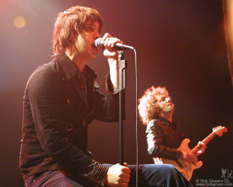 Julian Casablancas sings as Albert Hammond Jr plays.