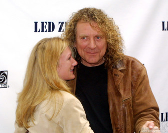 Robert Plant arrived and instead of posing for a photo he danced a few steps with his publicist.
