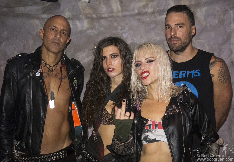 Oct 12 – London - We were lucky to still be in London to catch the Barb Wire Dolls show at the Purple Turtle club.
