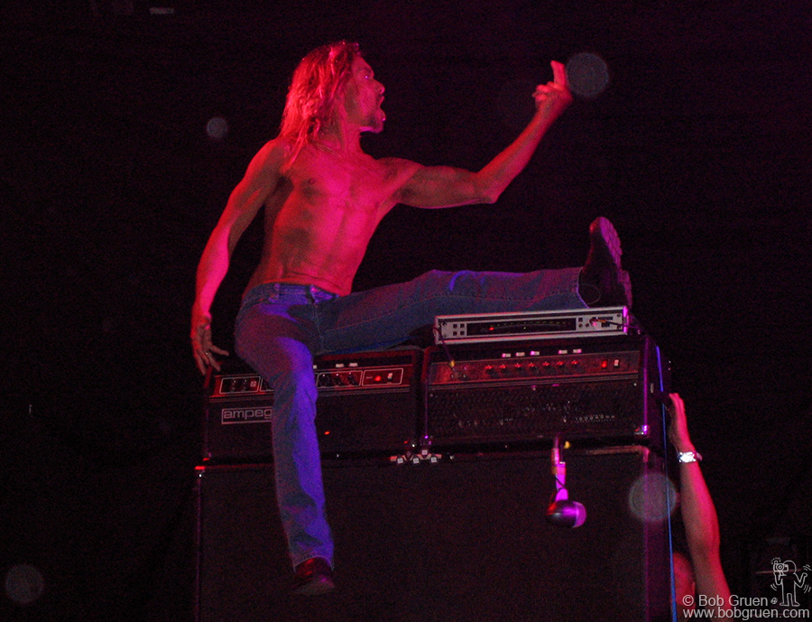 July 26 - Japan - Iggy Pop gave his usual searingly high energy performance.