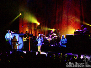 The Black Crowes play a soulful blend of Southern rock mixed with the more heavy sounds reminiscent of Led Zeppelin.