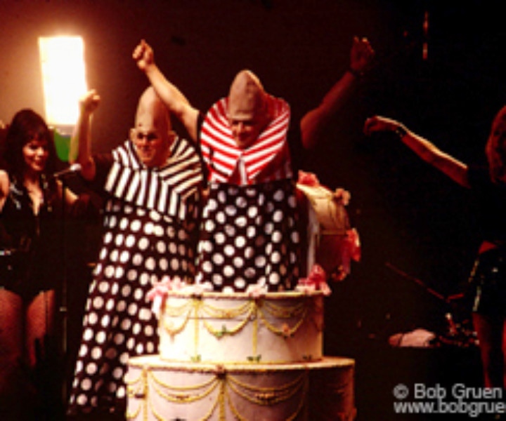 As the friends and fans sang Happy Birthday, a giant cake was wheeled onstage and out popped a pinhead. Then everyone in the place got their own package of cupcakes to enjoy.