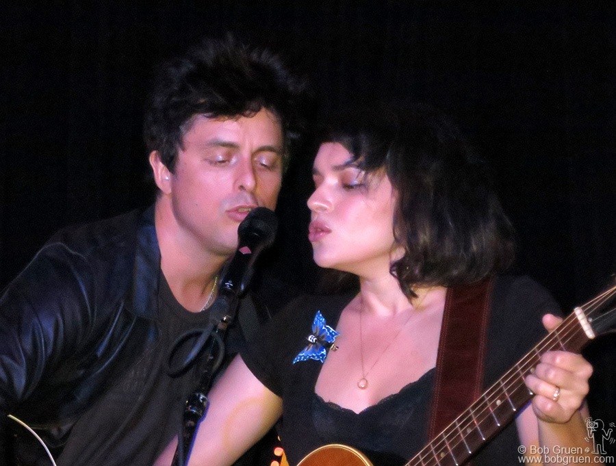 "June 24 – NYC – Billie Joe Armstrong & Norah Jones presented a live concert of their recorded collaboration of Everly Brothers songs, ""Foreverly"" on stage at Bowery Electric."