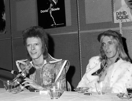 David Bowie & Mick Ronson, NYC - 1972