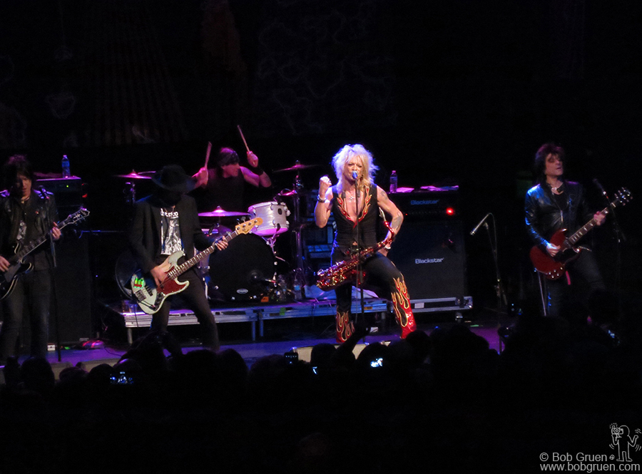 Feb 19 - NYC - Michael Monroe and his band, featuring Sammy Yaffa and Steve Conte on stage at Gramercy Theatre.