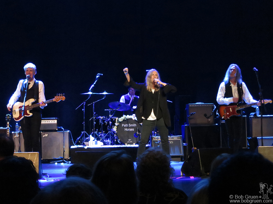 "Nov 10 – NYC – Patti Smith Group performing a complete live version to celebrate the 40th anniversary of her album ""Horses"" on stage at the Beacon Theatre."