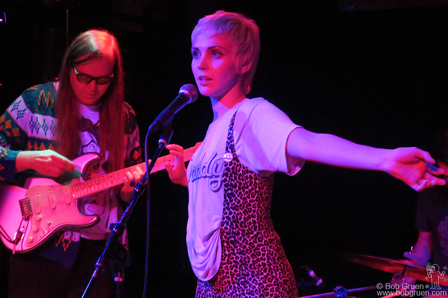 Jan 18 – NYC – Laura Hajek as Edith Pop on stage at Bowery Electric.