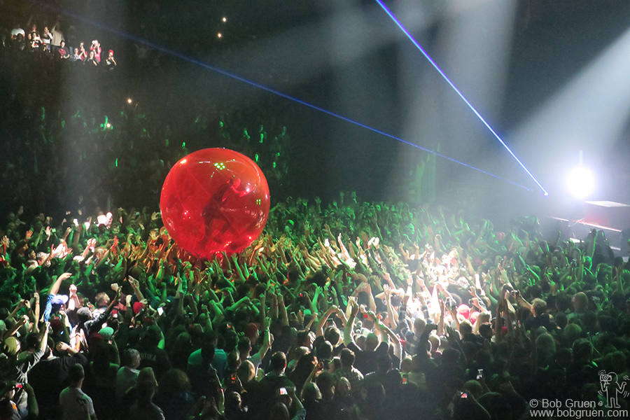 Jan 20 – Brooklyn – Tyler Jospeh of 21 Pilots rolls over the audience during their show at the Barclays Center.