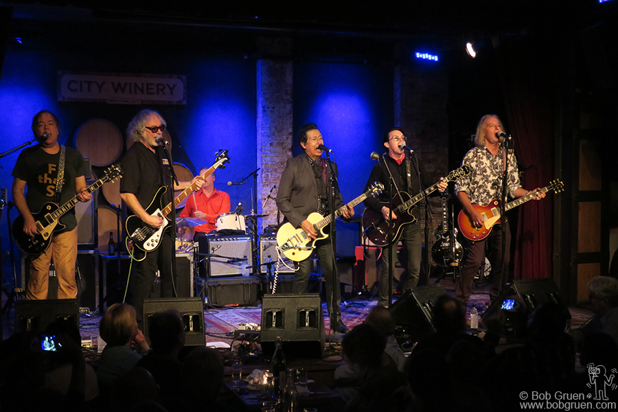 Jan 21 – NYC – Alejandro Escovedo and his band on stage at City Winery.