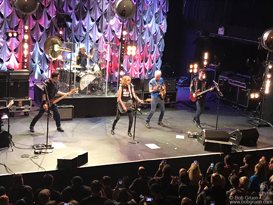 April 3 – NYC – Chrissie Hynde brought the Pretenders to Terminal 5 to show the fans how to Rock & Roll.