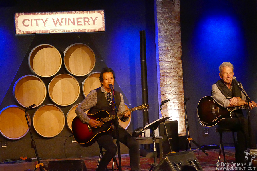 Aug 17 – NYC – Back in New York Alejandro Escovedo and Joe Ely shared a storytelling night at City Winery. They talked about the stories behind the songs they sang.