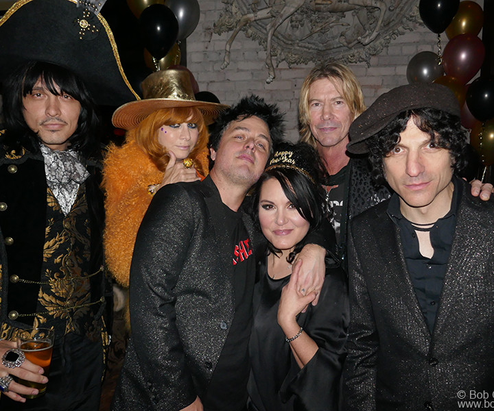 Dec 31 – Los Angeles – J.D. King, Linda Ramone, Billie Joe Armstrong, Adrienne Armstrong, Duff McKagen and Jesse Malin during the New Years Eve party at the No Name club.