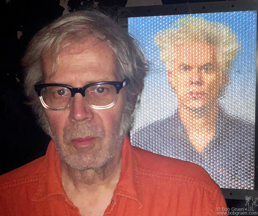 Nov 7 - NYC - Henry Jones shows the 3D photo he made of Jim Jarmusch during his exhibit at Studio 151. Henry's been making 3D art for years and keeps getting better.